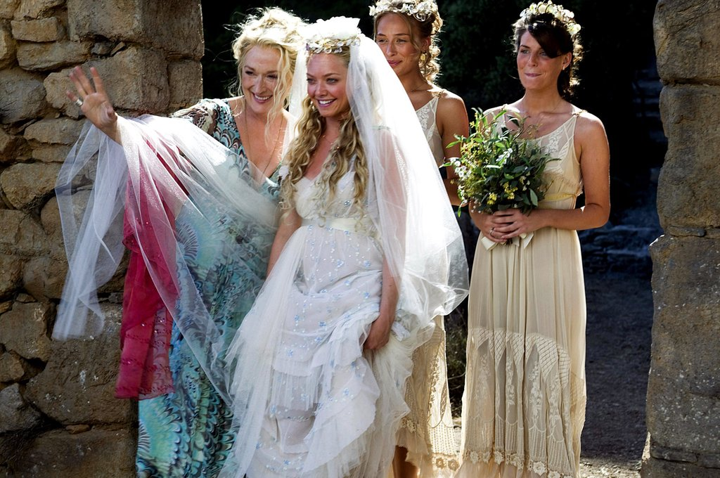 Bride and girls before the wedding ceremony